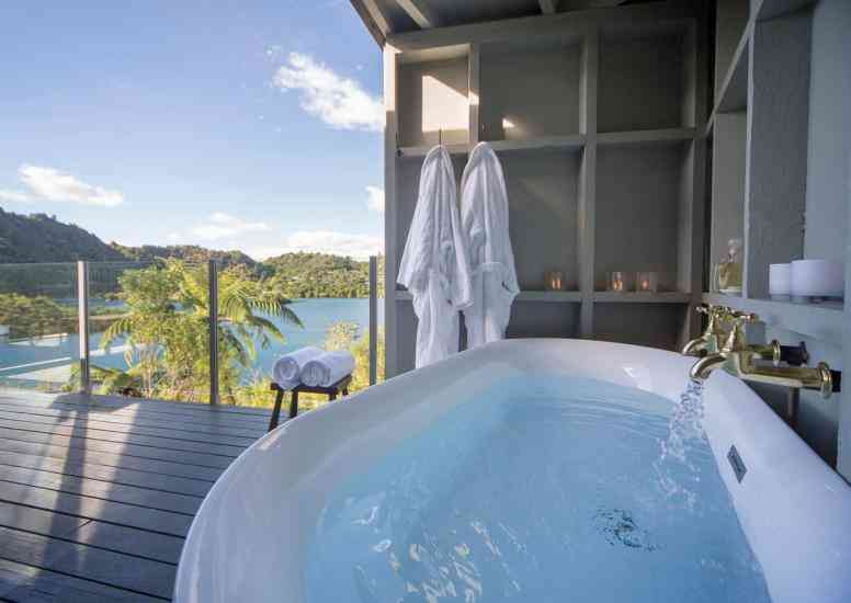 The outdoor freestanding bath on the balcony of the Executive Suite is an indulgent experience!