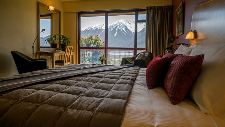 Arthur's pass wilderness lodge bed